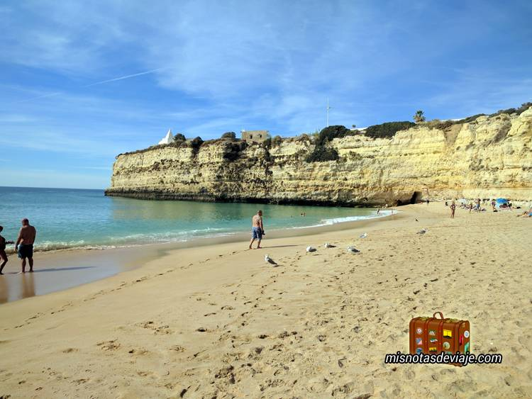 Praia de Nossa Senhora da Rocha en el Algarve